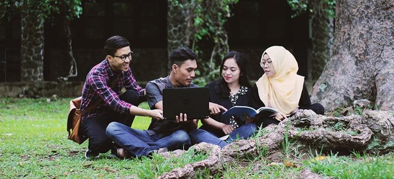 English language and intercultural communication